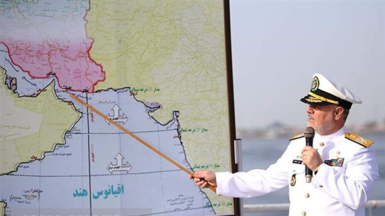Iran memulai latihan angkatan laut skala besar di Teluk Persia, Laut Oman