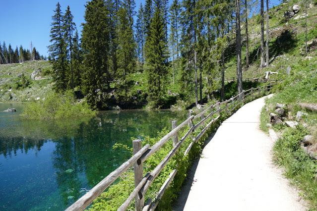 lago di carezza passeggiata