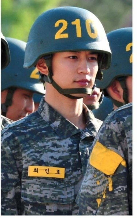 [PANN] Askerliği film gibi geçen SHINee Minho