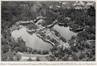 Vecchia foto di Minh Mang Tomba Imperiale (Hue - Vietnam)