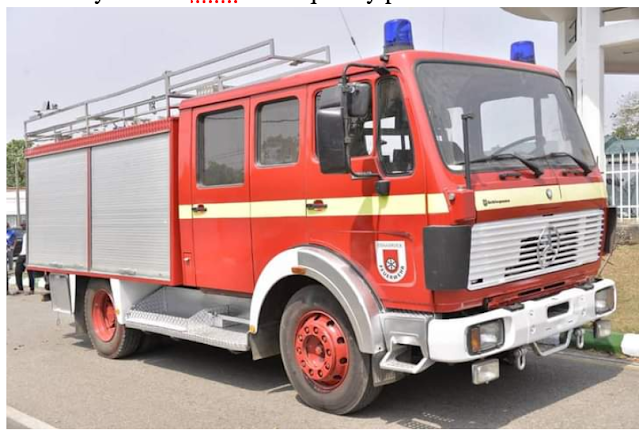 Gov Ikpeazu handed over a new fire fighting vehicle to the State Fire Service.