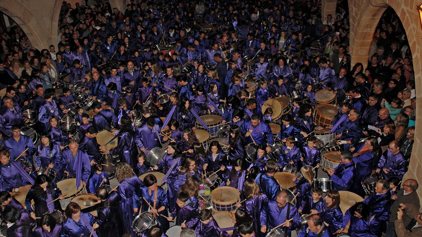 fiesta tambor hostal alcorisa