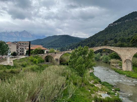 Barri de Burés, Castellbell i el Vilar