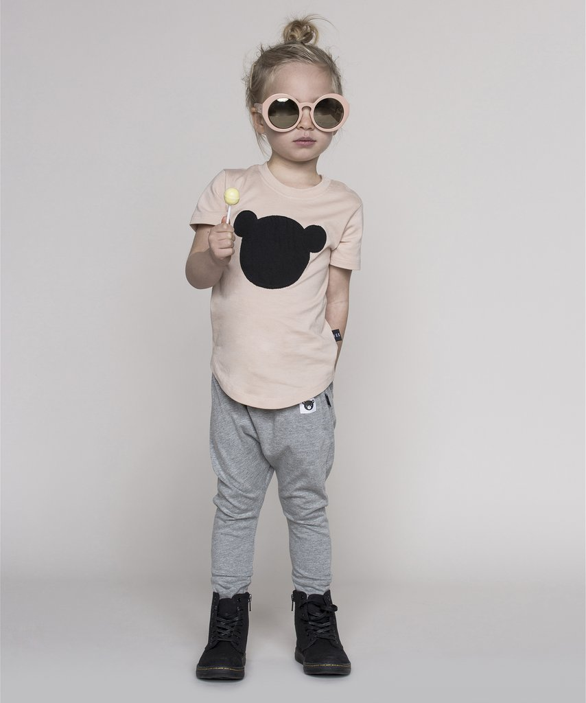 Huxbaby - monochrome kids fashion SS16/17 - slouch pants and bear tee