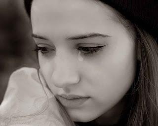 صور حزينة للغاية للبنات فيس بوك