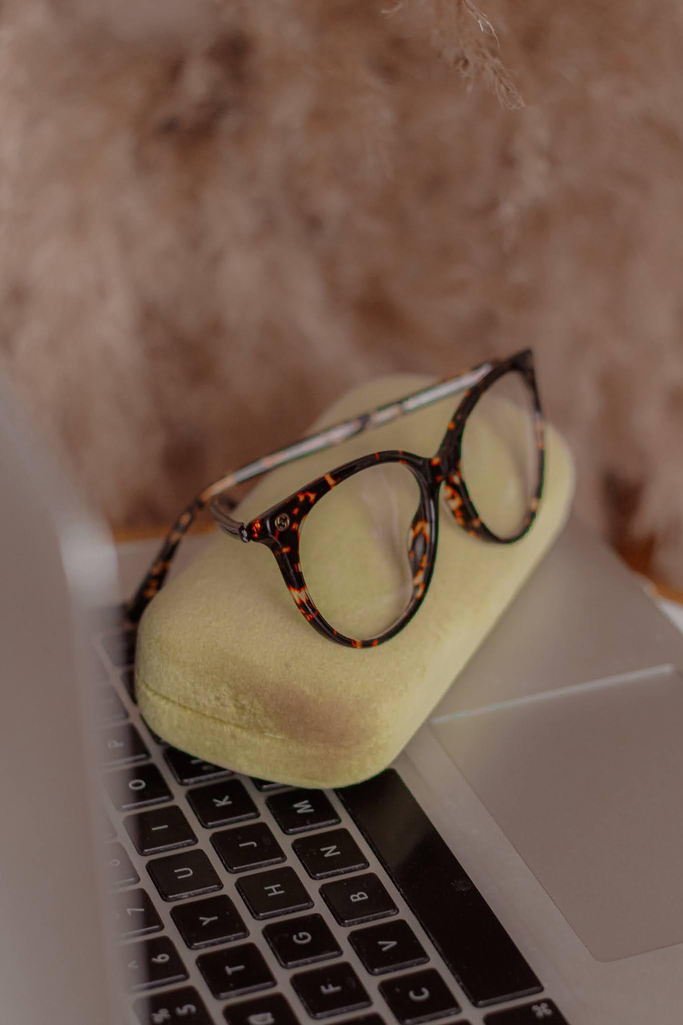 Glasses Direct Gucci Blue Reflect GG0093O Glasses