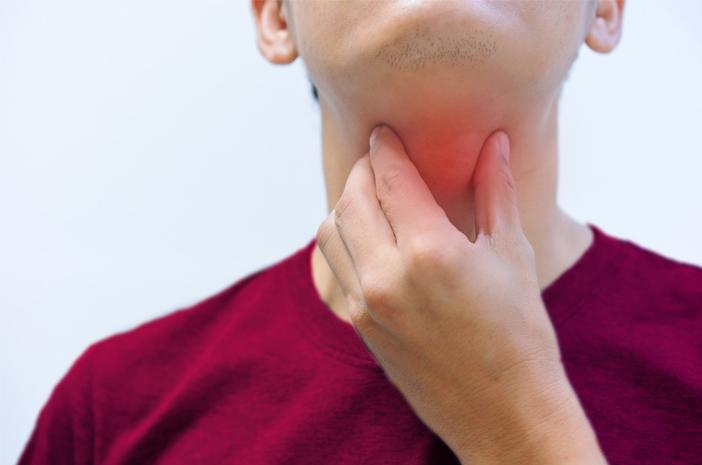 Cara Mengobati Penyakit Radang Tenggorokan