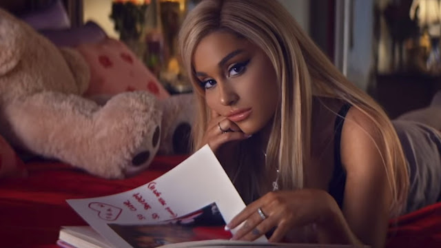 Video: Ariana Grande - 7 rings