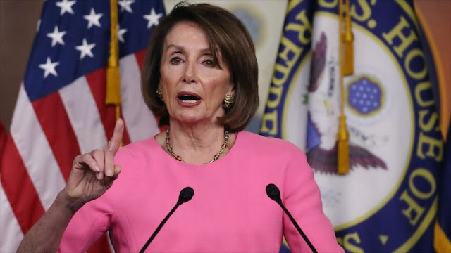 Líder demócrata: Casa Blanca pide 'a gritos' impeachment de Trump