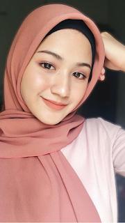Gambar cewek hijab Cantik Tersenyum