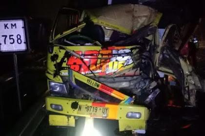 Kecelakaan 2 Truk Di Tol Sidoarjo, Satu Korban Tewas Di Lokasi
