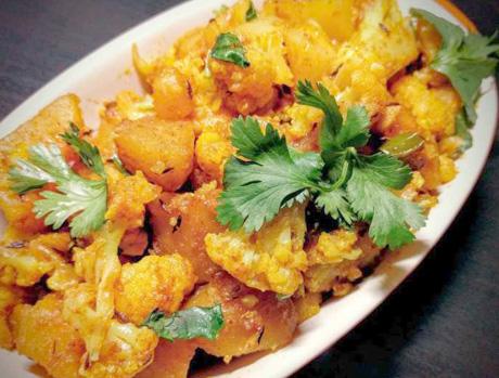 Spicy Curly Flower Potato Masala - Kobi Alu Kasa