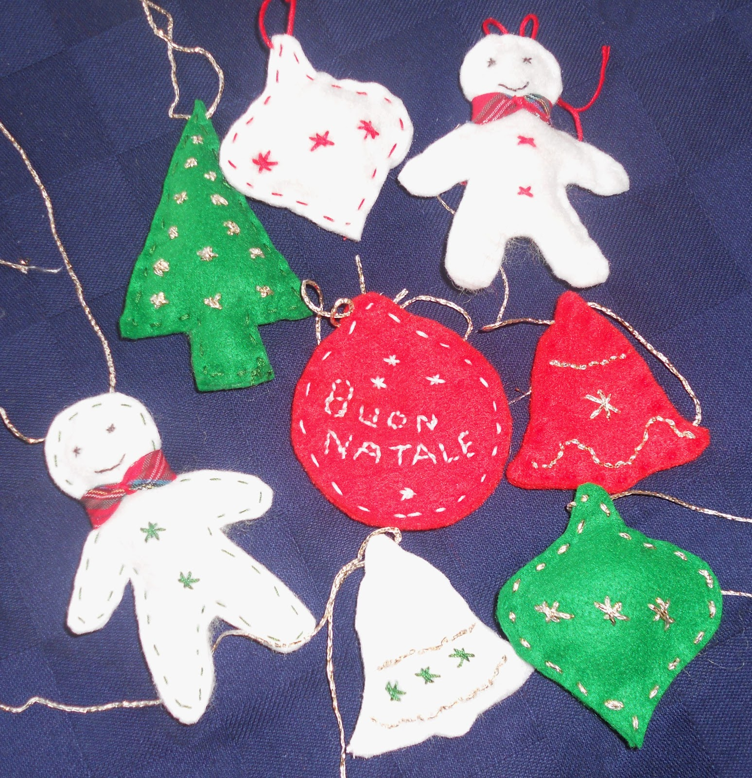 Lavoretti Di Natale Con Il Feltro.Maghella Di Casa Lavoretti Di Natale Con Il Feltro