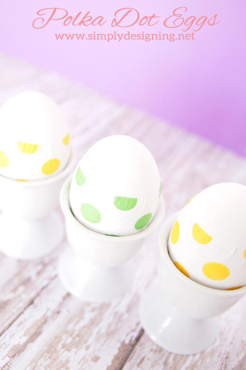 Polka Dot Easter Eggs | a simple way to decorate Easter Eggs this year for just pennies!  | #easter #eastereggs #crafts #eastercrafts #lifeforless #pmedia #ad