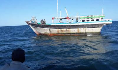 Navios de pesca industrial da PescaMoz voltam ao mar