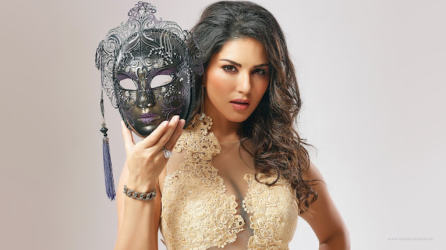 Sunny Leone Enchanting Masquerade Wallpaper