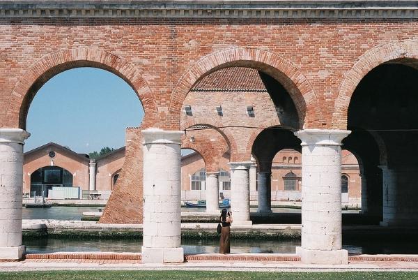 tese arsenale biennale architettura venezia
