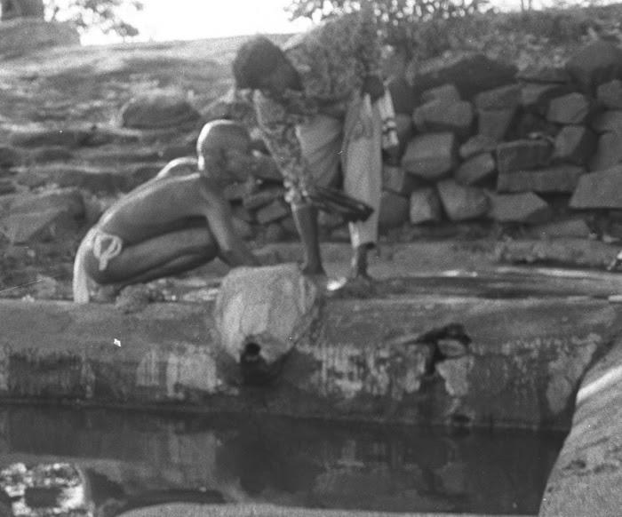 Photography By David Raphael Biren Ganeshpuri India 1993 Gurumayi Chidvilasananda Eat Pray Love Meg Ryan