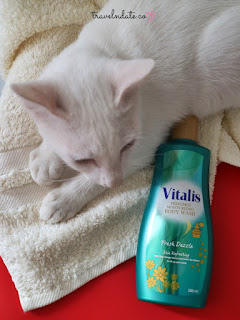 Vitalis Perfumed Body Wash Untuk Mandi Mewah