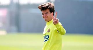 Barcelona insider reveals Riqui Puig won't leave on loan in January