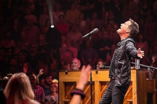 free download of healing rain by michael w smith