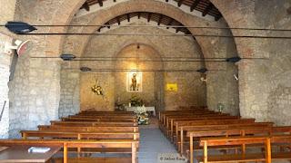 Interior de la ermita de Bellvitge