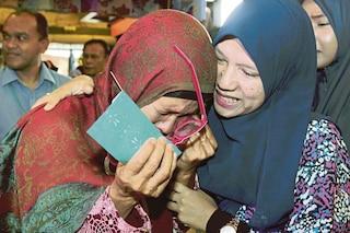 Kejutan Digedung, Ibu Tunggal Menangis Lihat Anak Dirindui Muncul Didepan Mata