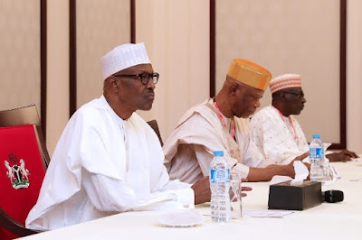 President Buhari, APC's Odigie Oyegun and PDP's Makarfi at a meeting in Villa