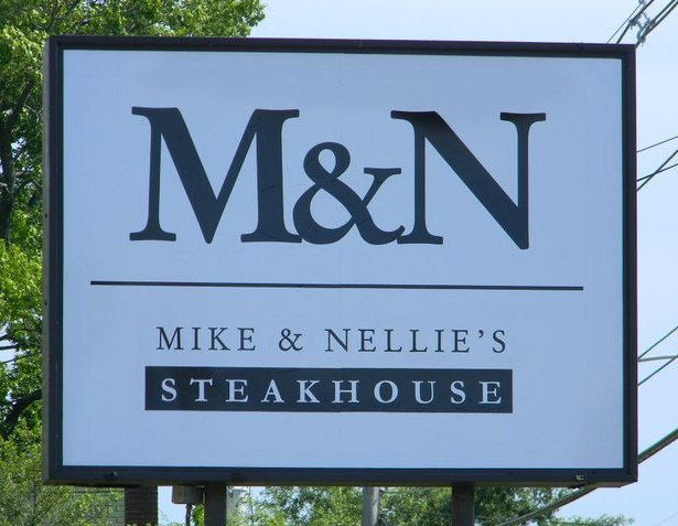 Kitchen Nightmares Mike and Nellie's