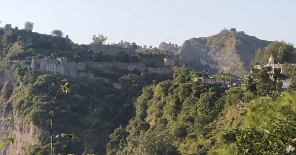 story-on-kangra-fort