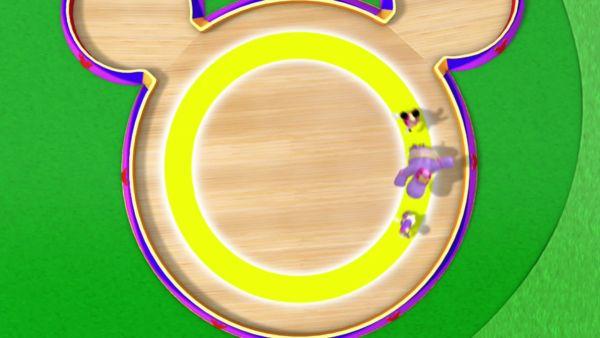 DAISY: Oh now, let's skate an 'O', a circle or a zero!