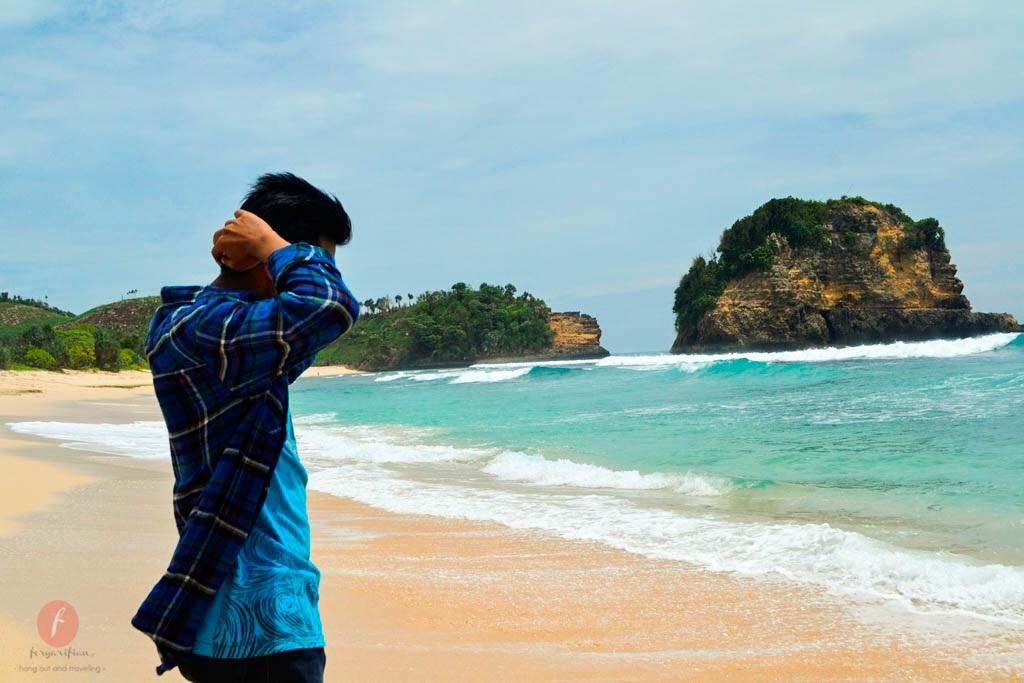 74 Gambar Foto Cowok Keren Di Pantai Gratis Terbaru