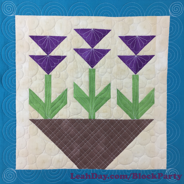 How to piece and quilt a flower quilt block