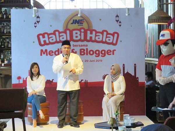 Halal Bihalal JNE