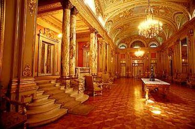 La casa de risitas de oro la casa de risitas de oro - La casa del compas de oro ...