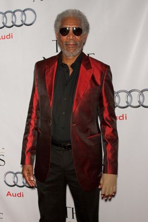 Car Accident: Morgan Freeman Car Accident Hand