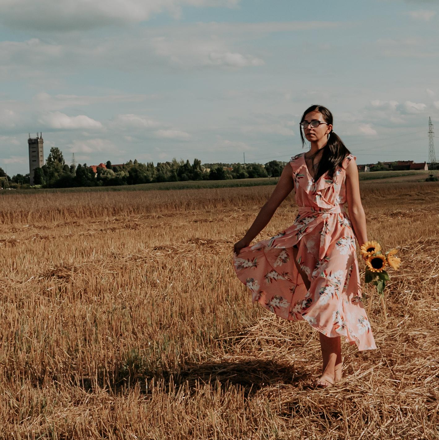 Sukienka na studniówkę 2022