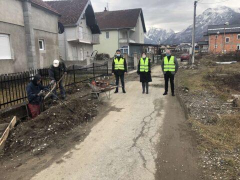 Gusinje:Radovi na izgradnji led rasvjete u naselju Begluci