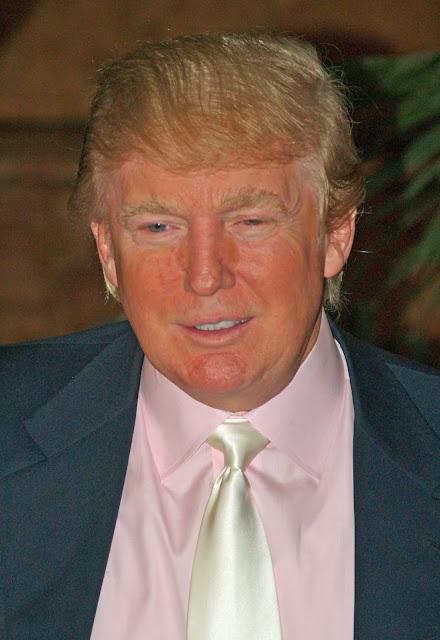 Short biography of Donald Trump in english