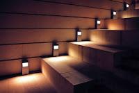 Oprawy schodowe LED. Podświetlane schody LED. Schodowa instalacja elektryczna
