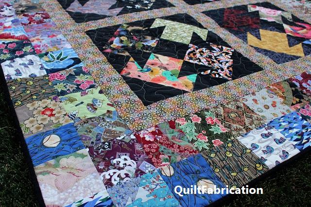 Kimono quilt scrappy border