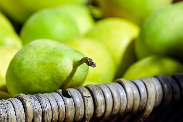 Health Benefits of Pears, Pears Nutrition, Pears Health Benefits, Pears Benefits, Benefits of Pears, Nutritional Value of Pears, What Are the Benefits of Pears, What Are the Health Benefits of Pears,