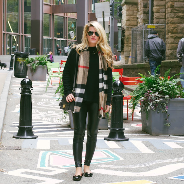 How To Wear Leather Leggings in a Classic Way