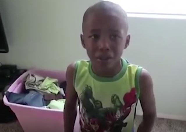 Ради лайков: звезда YouTube подсунул детям слабительное в мороженое и снимал их муки!