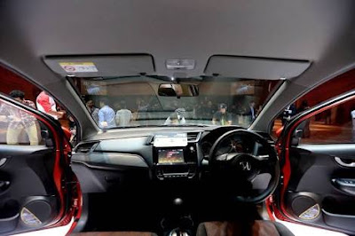 Harga New Honda Mobilio, Spesifikasi Dan Review New Honda Mobilio