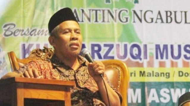 KH Marzuki Mustamar : Jangan Sembarangan Cari Guru Agama