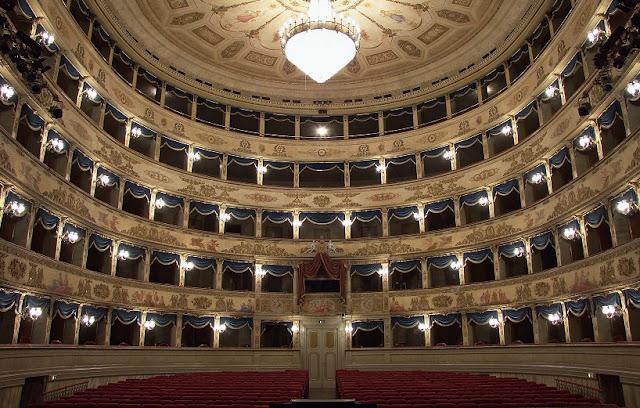 Teatro Comunale Aliglieri em Ravena