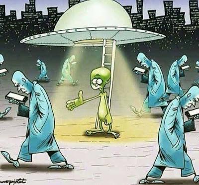 Meme de humor sobre extraterrestres