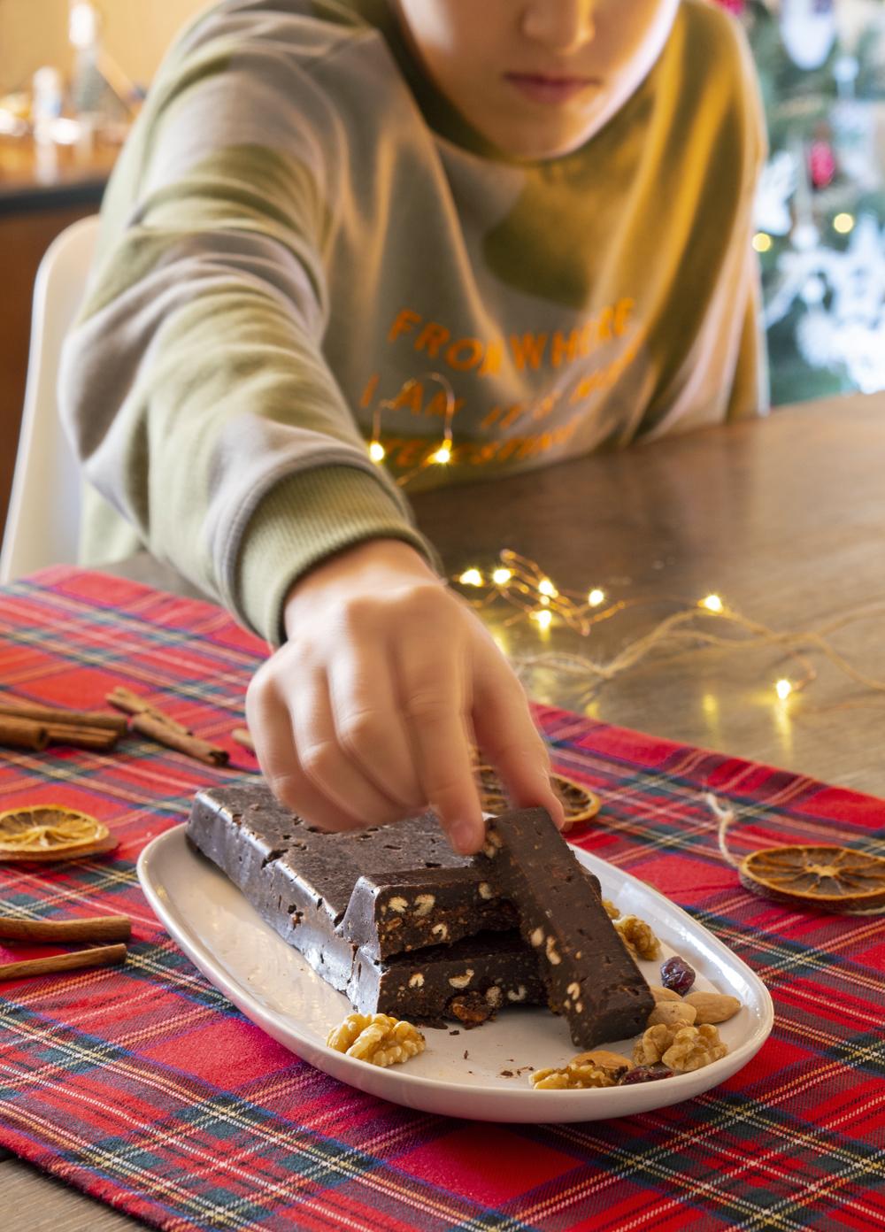 Turrón de chocolate casero sin azúcar9