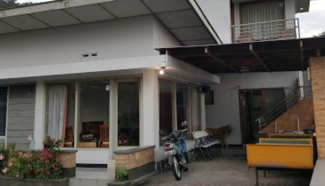 Vila Azalia Sarangan